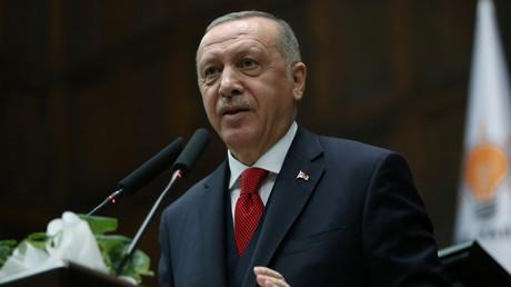 Vor Friedensgesprächen in Berlin: Erdoğan kündigt Entsendung von Truppen nach Libyen an