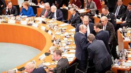 Die Teilnehmer des Libyen-Gipfels kurz vor Beginn der Hauptkonferenz im Berliner Kanzleramt am 19. Januar 2020