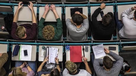 Stipendium für jeden und günstige Wohnheime – Interview zum DDR-Bildungssystem (Teil 3)
