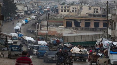 Menschen in der syrischen Provinz Idlib flüchten vor den Kämpfen im Süden in den Norden (Bild vom 30. Januar).
