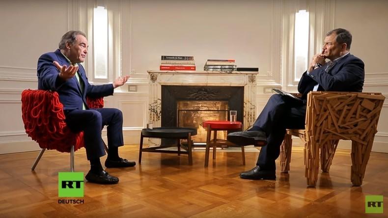 """Oliver Stone im Interview: """"Die USA haben ihre internationale Glaubwürdigkeit verspielt"""" (Video)"""