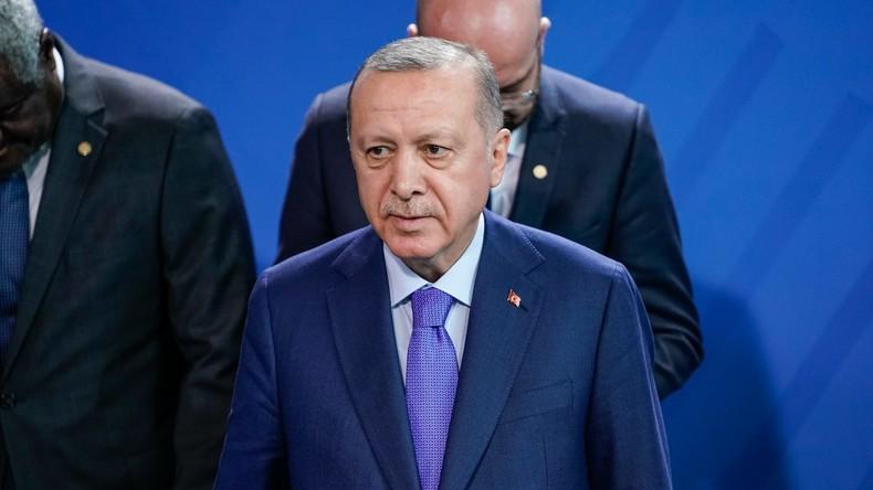 """""""Koloniale Illusionen"""": Emiratischer Außenminister kritisiert Erdoğan"""