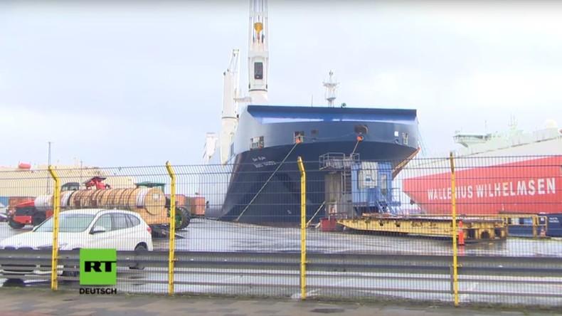 Saudischer Frachter legt nach mutmaßlicher Waffenlieferung in den Jemen in Bremerhaven an