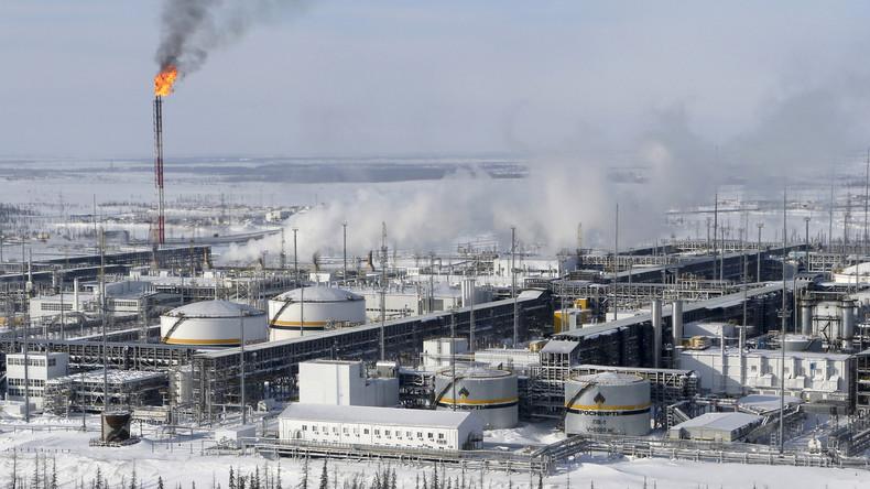 Rosneft unterzeichnet Vertrag mit indischer Raffinerie über 40.000 Barrel Rohöl täglich
