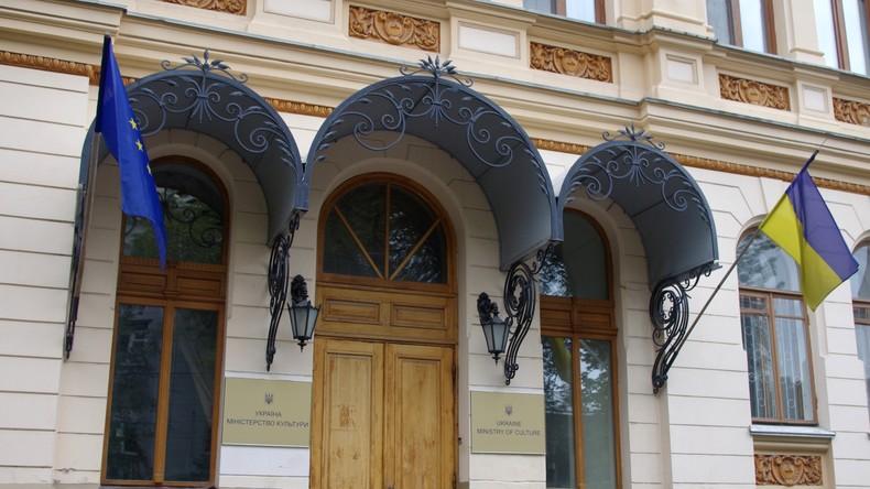 Ukrainisches Kulturministerium gibt Hälfte des Jugendarbeit-Budgets für Rechtsextreme aus
