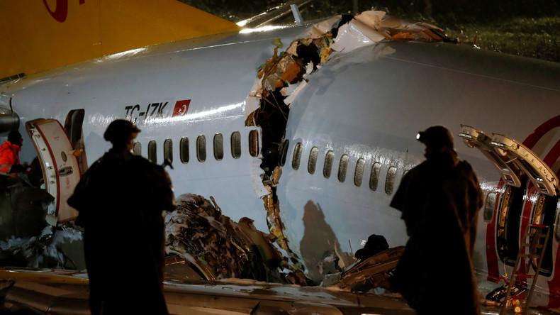 Bruchlandung am Flughafen Istanbul: Mehrere Tote und 180 Verletzte