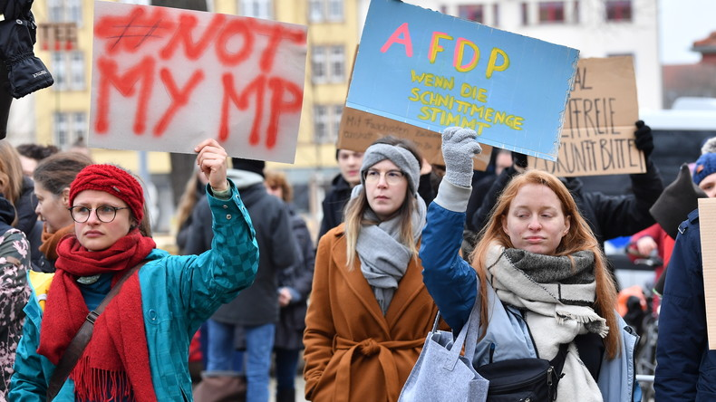 """LIVE: Protest in Erfurt gegen den """"Tabubruch"""" bei der Wahl des Ministerpräsidenten Thüringens"""