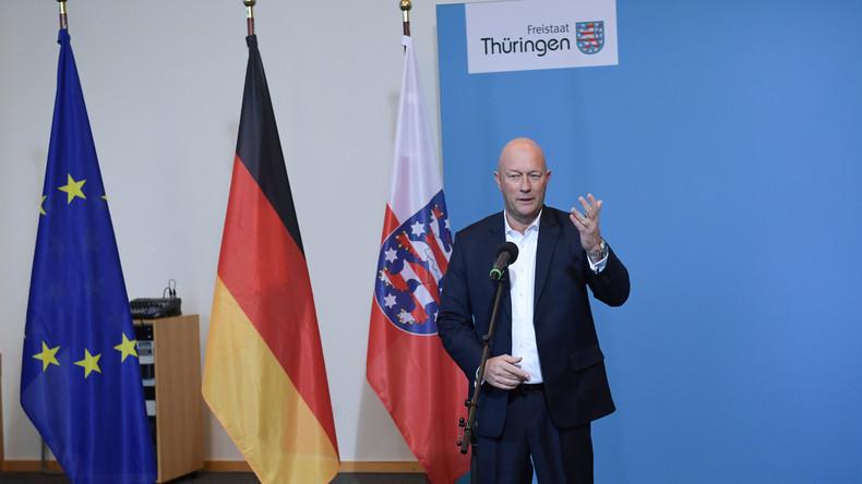Kurzzeit-Ministerpräsident: Kemmerich stünden etwa 93.000 Euro zu, er will wohl darauf verzichten