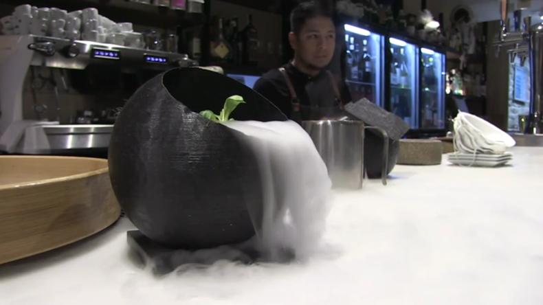 Tödliche Freude! Vom Coronavirus inspirierte Krokette in berühmtem Restaurant in Pamplona serviert