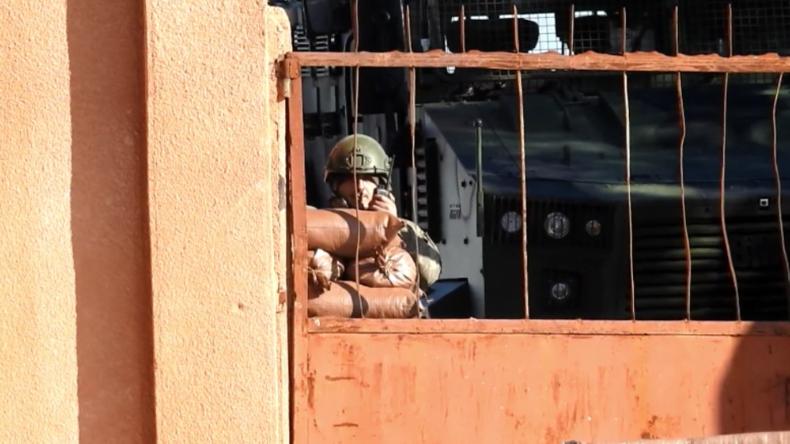 """""""Von Außenwelt abgeschnitten"""" – Syrische Armeeumstellt türkische Beobachtungspostenum Idlib"""
