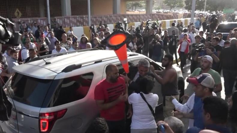 """""""Volksverräter & Mörder"""" – Guaidó wird in Venezuela nach Lobbyreise durch Europa und USA empfangen"""