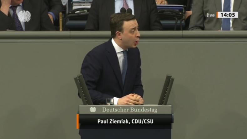 """CDU-Generalsekretär Ziemiak im Bundestag: """"Höcke ist ein Nazi, Linke feiern Bomber Harris"""""""