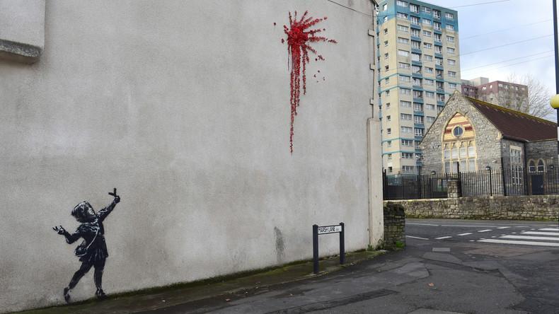 Pünktlich zum Valentinstag: Banksy bekennt sich nach Medienwirbel zu neuem Streetart-Werk