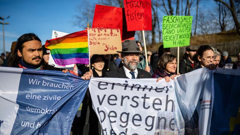 """""""Kein Pakt mit Faschist*innen"""" – """"Unteilbar""""-Demonstration in Erfurt"""