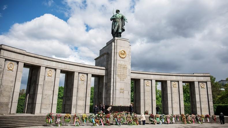 #PostDesSieges: Deutscher Schriftsteller reicht russischem Volk die Hand