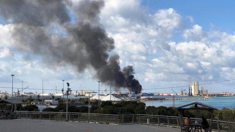 Haftar-Truppen: Haben türkisches Schiff mit Waffenlieferungen bombardiert
