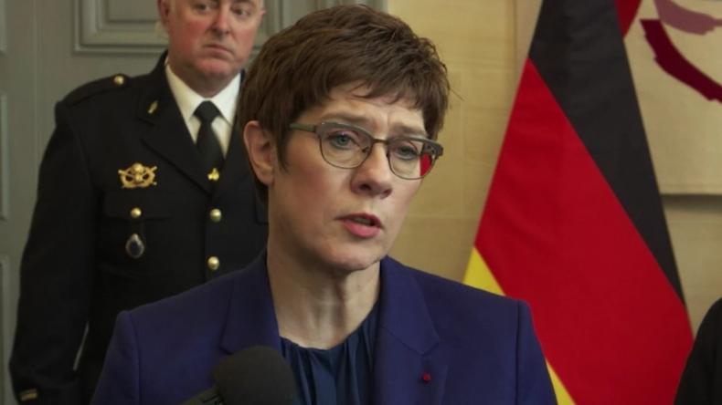 """Kramp-Karrenbauer nach Hanau-Attentat: """"Bestärkt mich darin – keine Zusammenarbeit mit der AfD"""""""