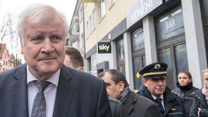 LIVE: Innenminister Seehofer gibt Pressekonferenz zum Anschlag in Hanau