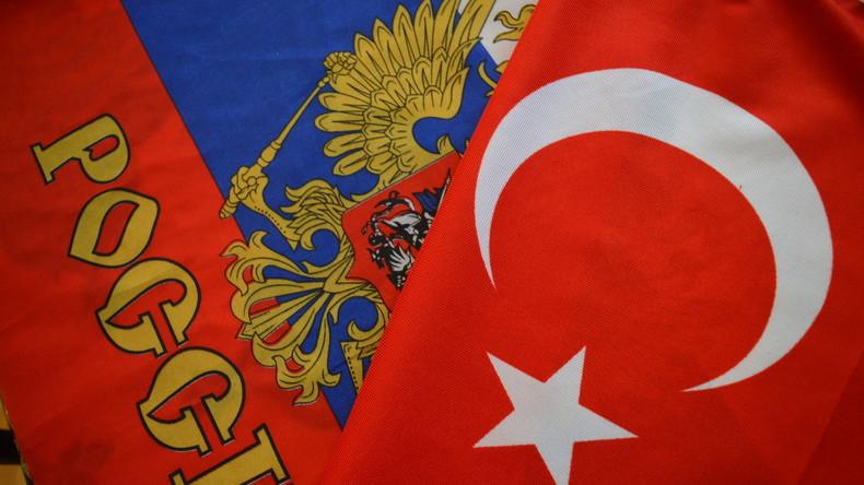 Russland wird Beobachtungsflug über Türkei durchführen