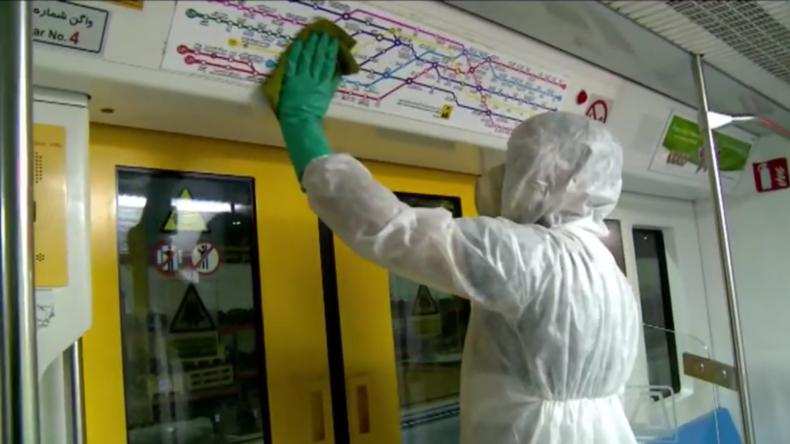 Iran: U-Bahn und Busse werden desinfiziert – Stellvertretender Gesundheitsminister infiziert