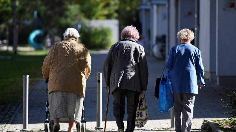 Sozialabbau: Immer mehr Menschen erkaufen sich die volle Rente teuer