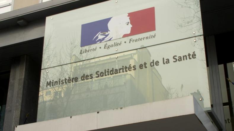 Frankreich: 15 Millionen Masken werden verteilt, nachdemerster Bürger am Corona-Virus stirbt
