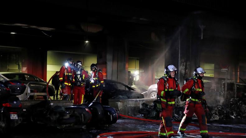 Großbrand in der Nähe eines Pariser Bahnhofs
