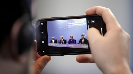 Gut, dass wir darüber geredet haben: Der UNO-Gesandte für Libyen Ghassan Salame, der Generalsekretär der Vereinten Nationen Antonio Guterres, Bundeskanzlerin Angela Merkel und Bundesaußenminister Heiko Maas nehmen an einer Pressekonferenz nach dem Libyen-Gipfel in Berlin am 19. Januar 2020 teil.