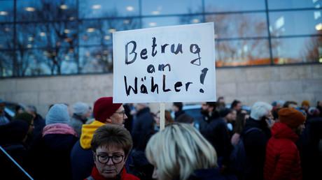 Die Wahl von Thomas Kemmerich (FDP) mit den Stimmen der AfD spaltet die Menschen.