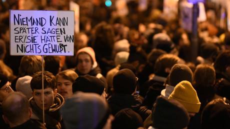 Proteste, nachdem der Thüringer Landtag am 5. Februar 2020 Thomas Kemmerich von der FDP zum neuen Ministerpräsidenten gewählt hat