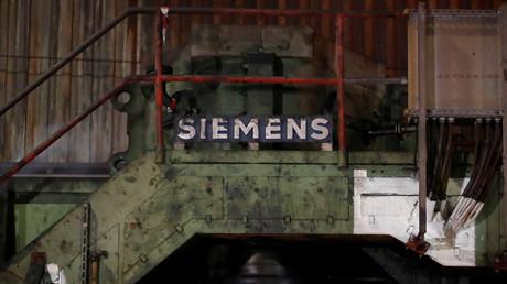 (Symbolbild). Ein Primärwalzwerk des größten deutschen Stahlwerks der Thyssenkrupp Steel AG in Duisburg. Das Bild wurde am 30. Januar 2020 aufgenommen.