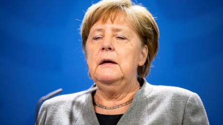 Es wird einsamer um sie: Bundeskanzlerin Merkel am Montag in Berlin