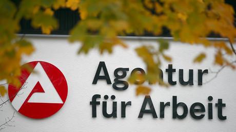 Das Jobcenter der Bundesanstalt für Arbeit in Holzkirchen bei München führt, 8. November 2017.