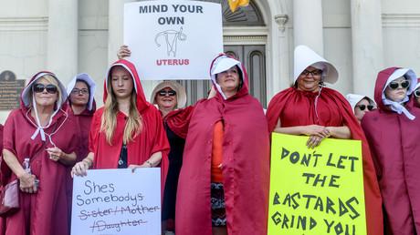 Frauen demonstrieren gegen das damals noch geplante Abtreibungsverbotsgesetz in New Orleans im US-Bundestaat Louisiana (Bild vom 25.05.19).