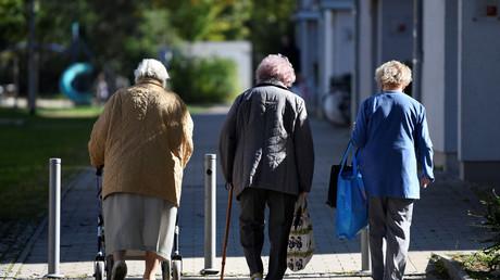 (Symbolbild). Gerade Frauen sind stark von Altersarmut betroffen.