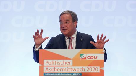Laschet beim Politischen Aschermittwoch seiner Partei in Kirchveischede