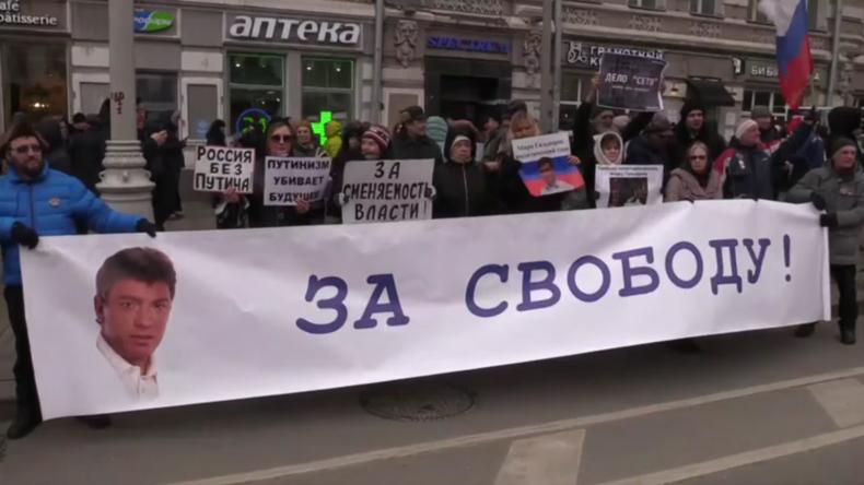 Russland: Landesweit gedenken Tausende dem Jahrestag der Ermordung von Boris Nemzow