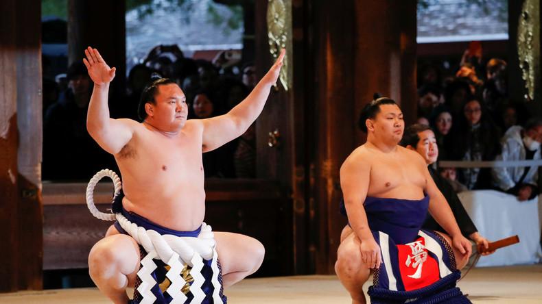 Coronavirus: Sumo-Turnier findet zum 1. Mal in der Geschichte hinter verschlossenen Türen statt