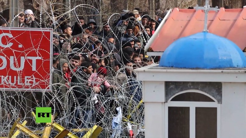 EU-Türkei-Konflikt: Tausende Migranten an griechischer Grenze (Video)