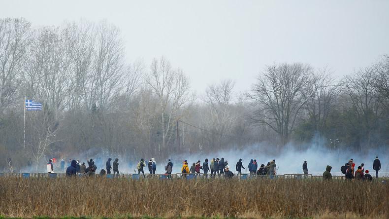 LIVE von der griechisch-türkischen Grenze: Anspannung und Tränengas