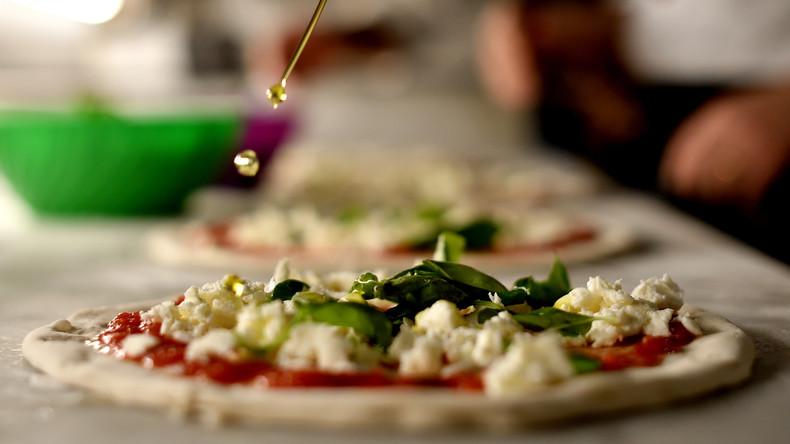 """Französischer Fernsehsender entschuldigt sich für """"Pizza Corona"""""""