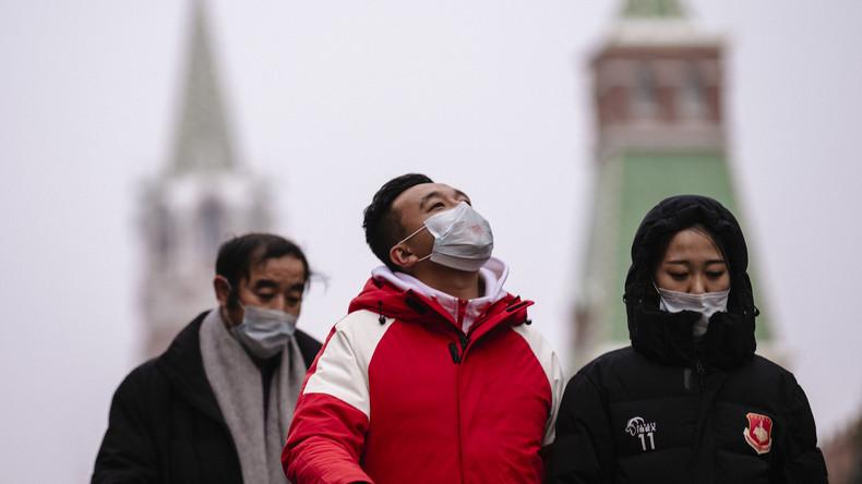 Moskau reagiert auf COVID-19: Erhöhte Alarmbereitschaft und Gesundheitskontrollen am Arbeitsplatz