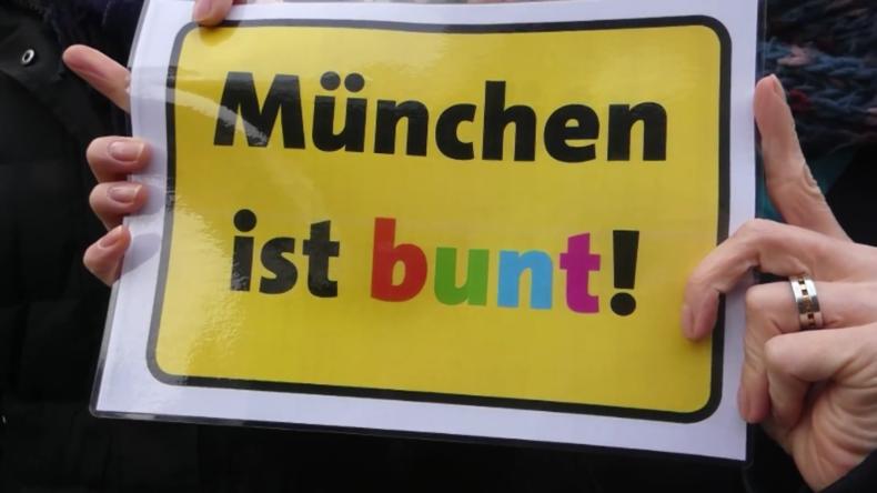 Tausende protestieren in München gegen Hasskriminalität und Rassismus