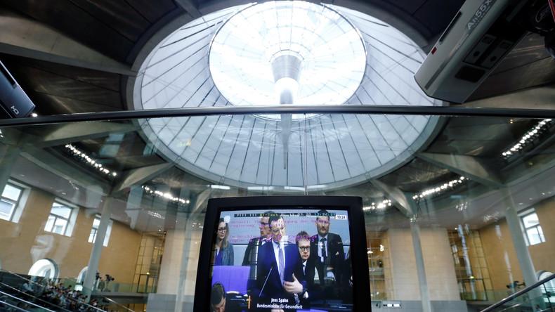 LIVE: 153. Sitzung des Bundestages - Sofortmaßnahmen in der Corona-Krise, Bundeswehreinsätze