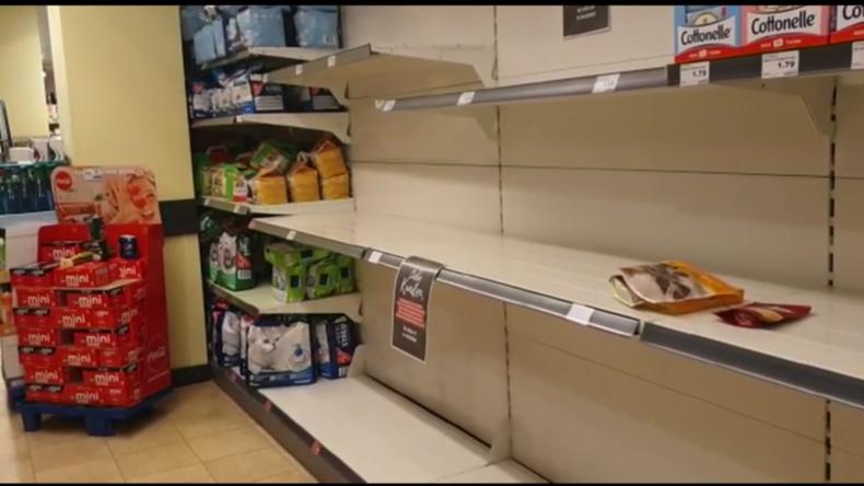 Deutschland: Toilettenpapier in Berliner Supermärkten nicht mehr vorrätig