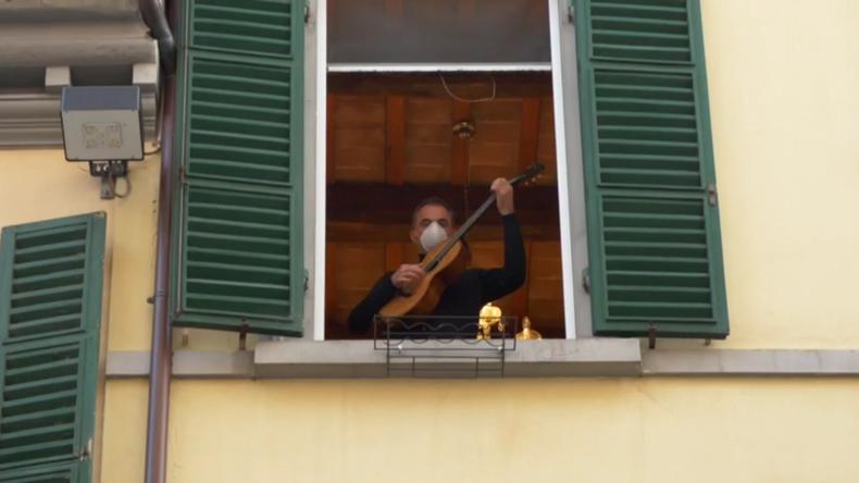Italien: Landesweiter Musik-Flashmob soll inmitten der Corona-Krise Stimmung heben