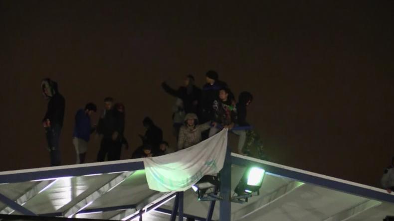 Spanien: Migranten protestieren gegen Ausgangssperre und Besuchsverbot in Flüchtlingsunterkunft
