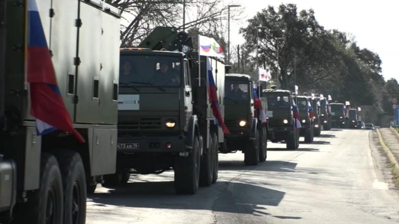 Italien: Russischer Hilfskonvoi erreicht Bergamo, wo Corona-Epidemie am schwersten wütet