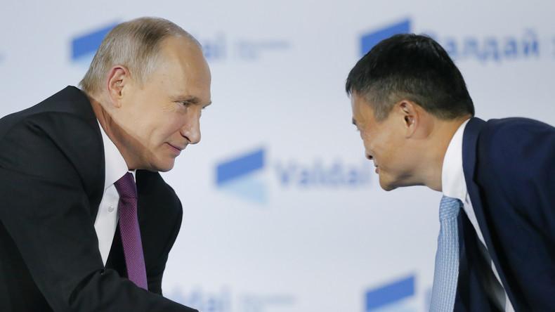 Jack Ma spendet Russland Schutzmasken und Corona-Tests als Dank für Russlands Hilfe an China