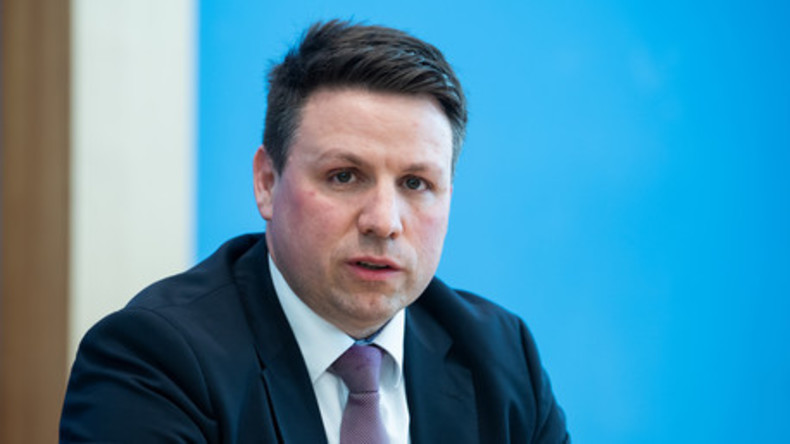"""Deutsche Welle verbreitet Fake-News über RT auf BPK - BMI-Sprecher: """"Das ist rein spekulativ"""""""